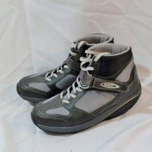 MBT MOJA LUX ATHLETIC WALKING SHOE Sneaker